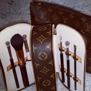 💄Louis Vuitton Trousse Blush GM